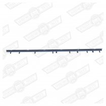 BOTTOM WINDOW TRIM RAIL-ESTATE BODYSIDE-RH
