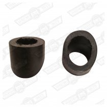 WIPER WHEELBOX SPACERS -BLACK RUBBER-2 PIECES